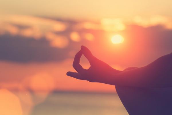 Meditación: ¿Por qué es tan beneficiosa y cómo integrarla en tu día a día?