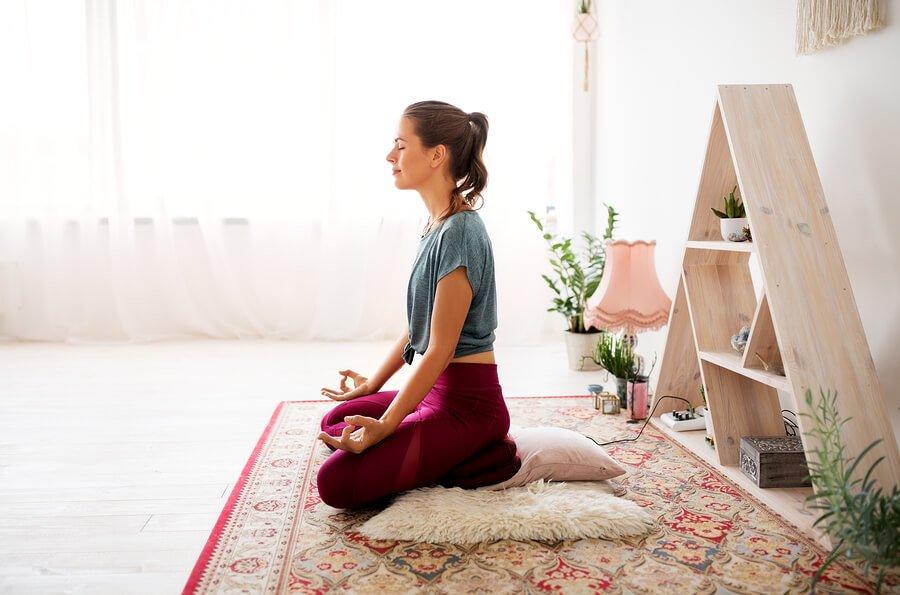 ¿Sabes qué le pasa a tu cerebro cuando meditas?