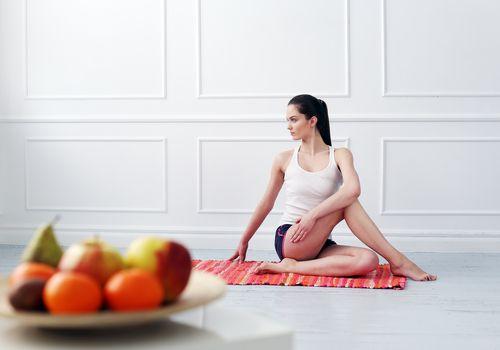 El yoga y la alimentación: cómo comer si practicas yoga