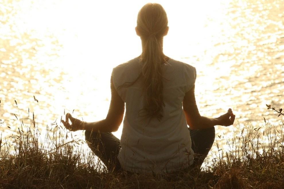 ¿Meditar es dejar la mente en blanco?